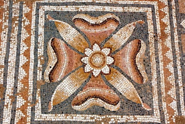 Mozaik Dionból